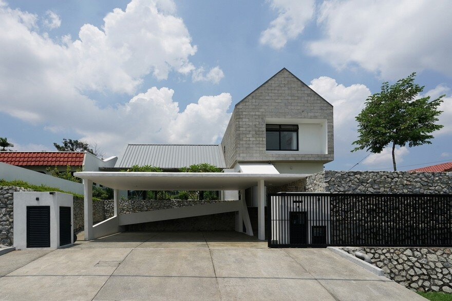 Semi-Detached Modern House in Malaysia / Fabian Tan Architect on west coast modern design, two storey house design, 3-story commercial building design, double storey office, bungalow design, 2 story office building design, simple model houses design, 3 storey house design, double wide mobile home with porch, modern residential building design, double storey house in selangor, double storey terrace house, townhouse design, double storey house in south africa, double story home exterior design, 2 storey exterior design, dreamhouse design, double storey garden design, double floor house design, double storey pool,