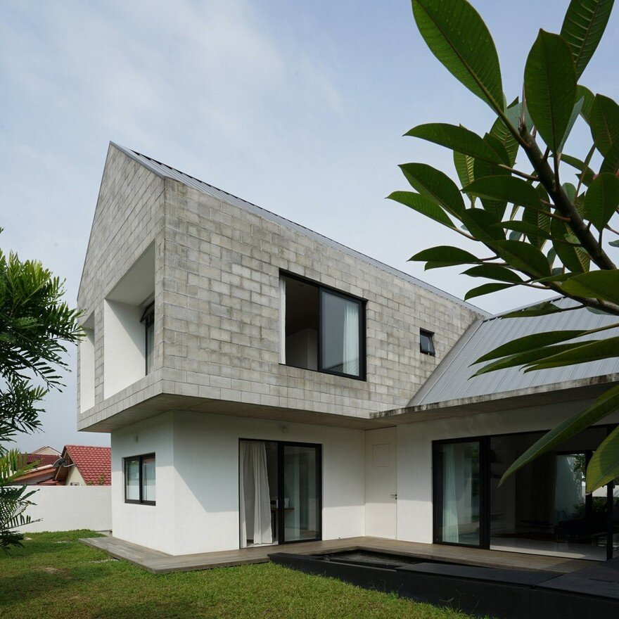 SemiDetached Modern House in Malaysia Fabian Tan Architect