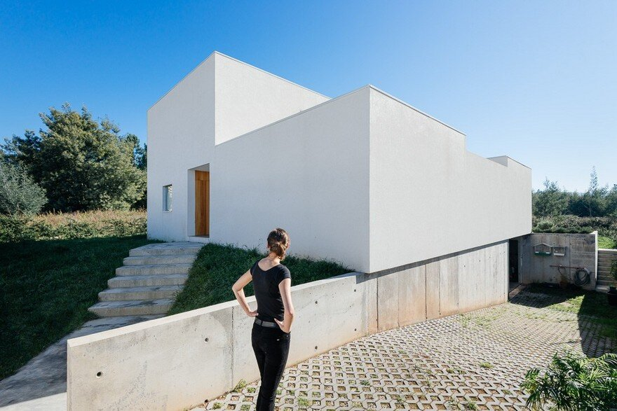 Coimbra House, Branco-DelRio Arquitectos
