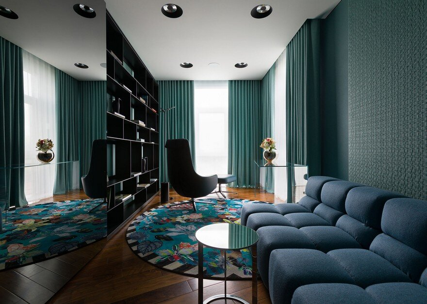 Color Blocking House in Kiev by Yuriy Zimenko