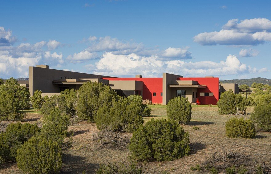 Galisteo House in New Mexico by Archaeo Architects