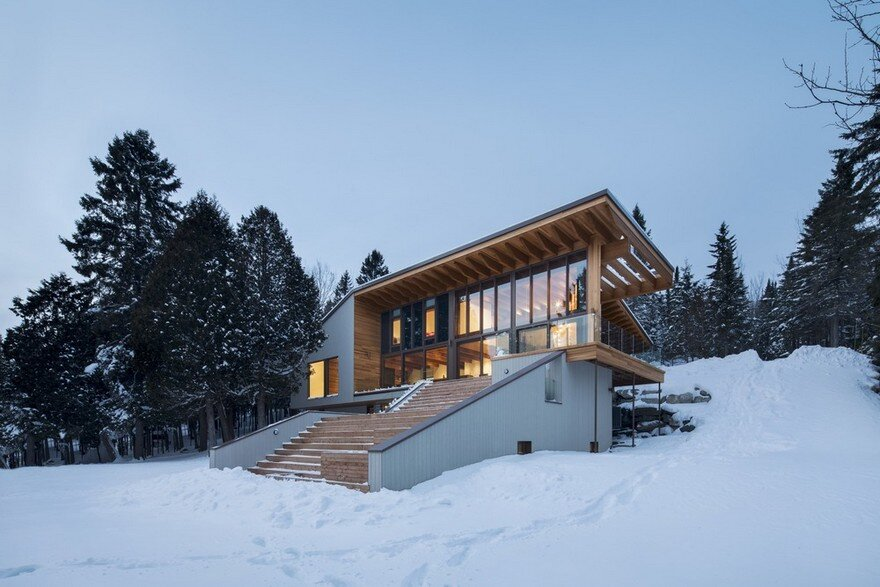 L'Accostée House by Bourgeois Lechasseur Architects