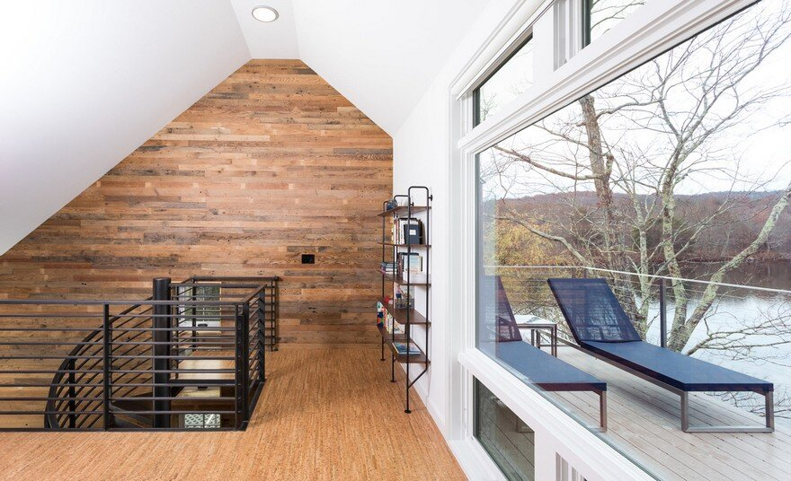 Cozy Lakefront House In Egremont Massachusetts Red