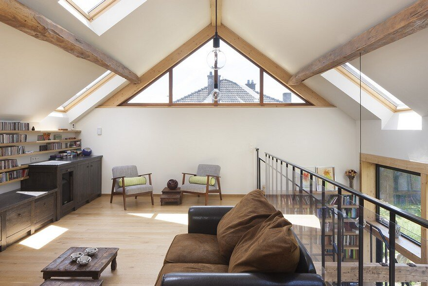 Old Clay Timbered House Renovated in Belgium by Burobill
