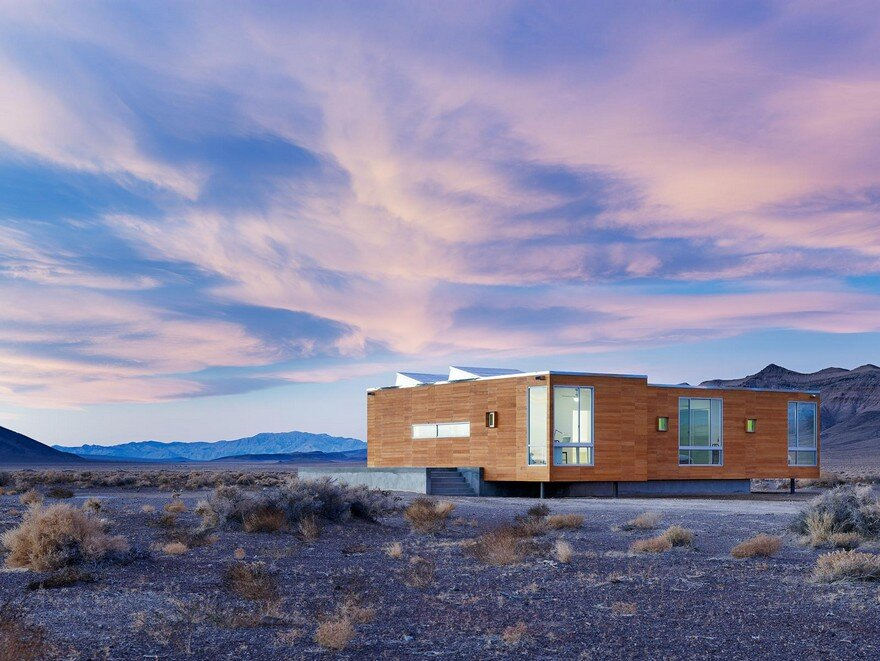 Rondolino Residence in Nevada Desert by Nottoscale