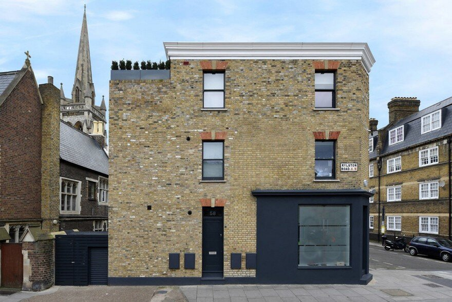 An Old Tyre Shop Transformed into Two Beautiful Maisonettes
