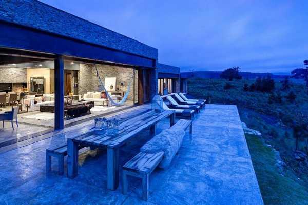BS House by Elias Rizo Arquitectos