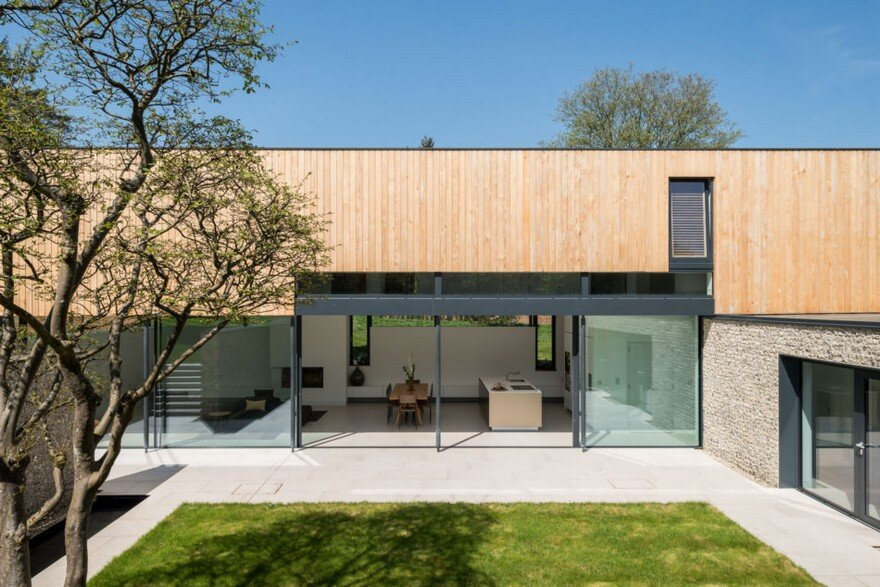 Cheeran House by John Pardey Architects