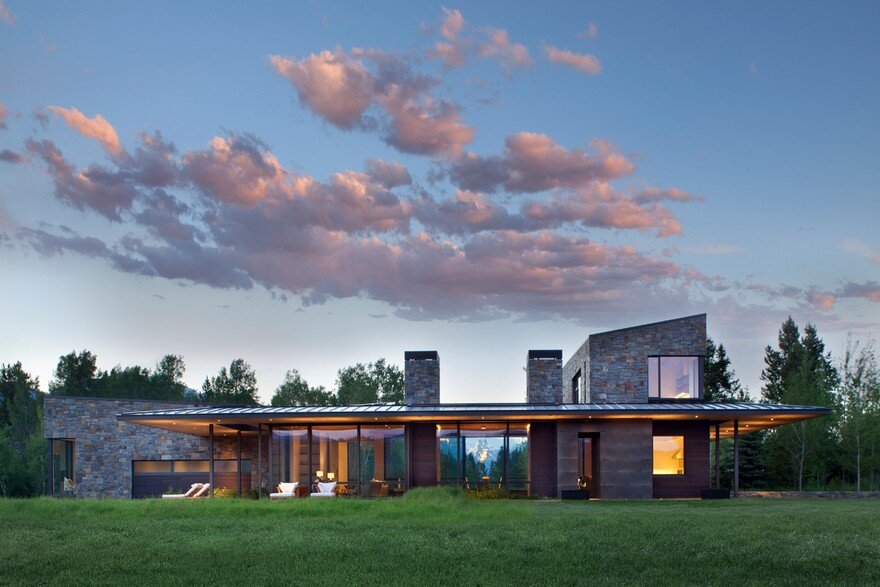 crescent house in wyoming by carney logan burke architects. Black Bedroom Furniture Sets. Home Design Ideas
