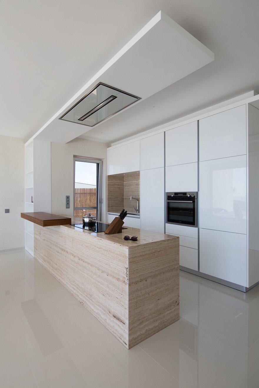 Minimalist contemporary house designed to be a peaceful for Minimalist house instagram
