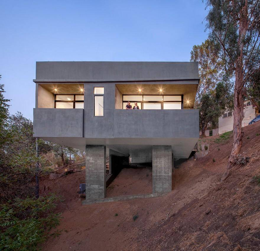 Car park house by anonymous architects - Maison car park los angeles anonymous architects ...