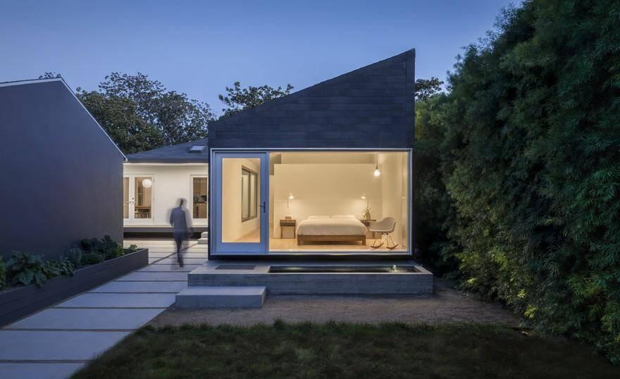 Rear Window House by Edward Ogosta Architecture