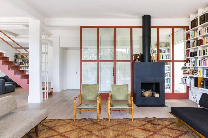 Two-Storey Family Apartment in Rome Exhibiting a Powerful Character