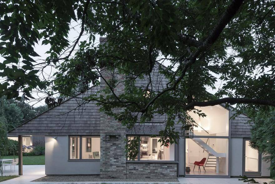 Traditional Colt House Modernized by SOUP Architects 12