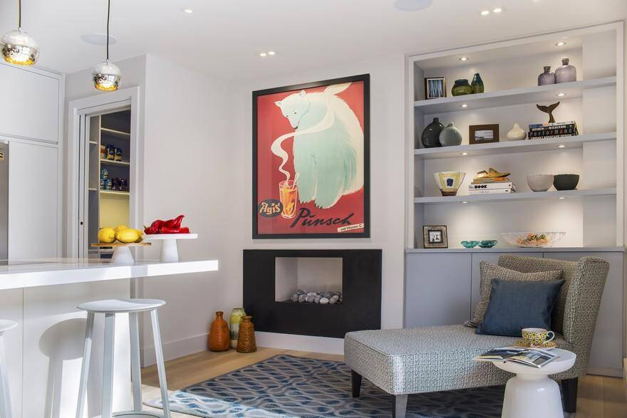 Highgate Hill Townhouse, LLI Design, Kitchen - Fireplace + Chaise + Joinery Unit
