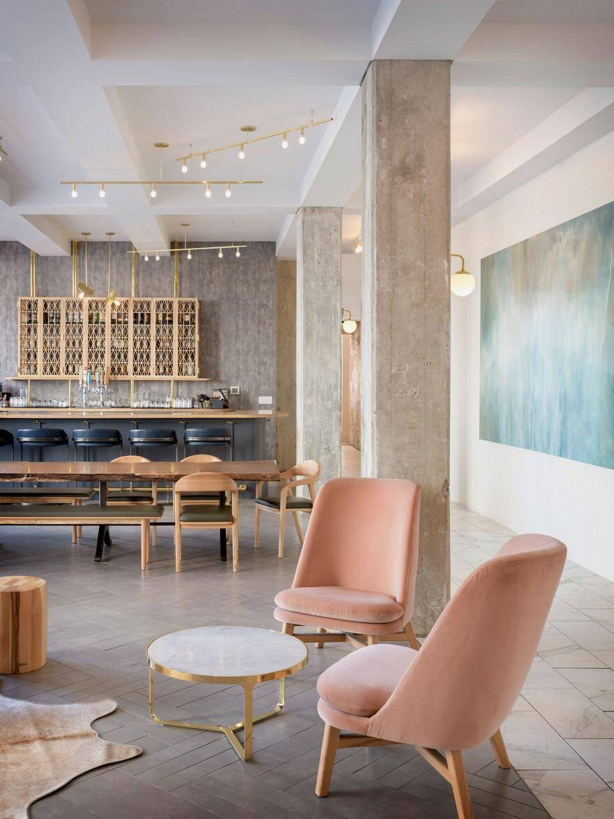 Modern Hotel Lobby Design: Hi-Lo Hotel Lobby Lounge / Jessica Helgerson Interior Design