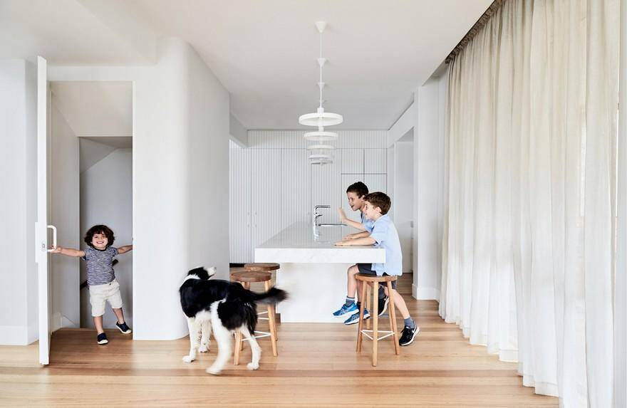 Interwar Duplex Turned Into Bright Family Residence 3