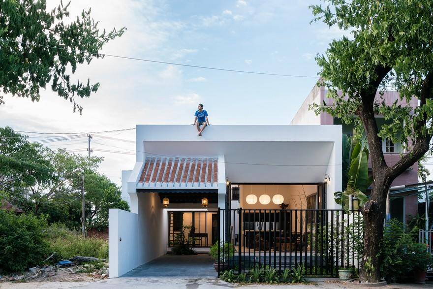 Vietnamese Family Home Featuring an Inspiring Mix of Traditional and Modern