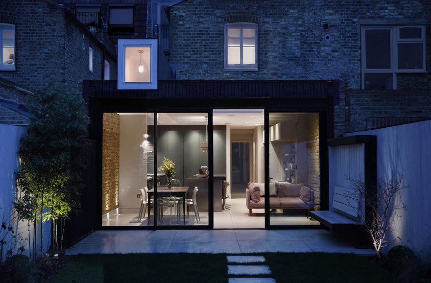 Lantern House and Studio / Simon Gill Architects