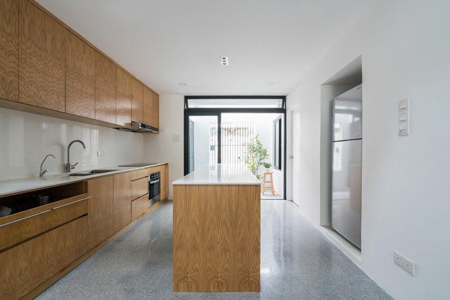 kitchen by Fabian Tan Architect 7