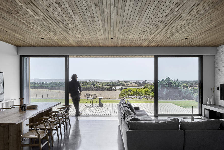 Modern Timber-Clad Home Inspired by Traditional Barn: Two Pavilions