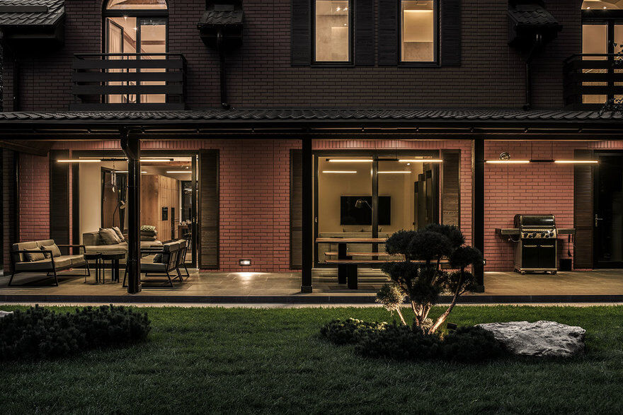 Zen House / FORM Bureau 19