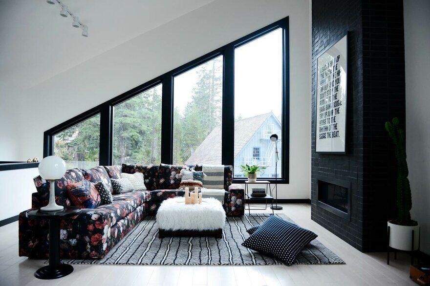 Alpine Noir Chalet, Casework Design Studio 4