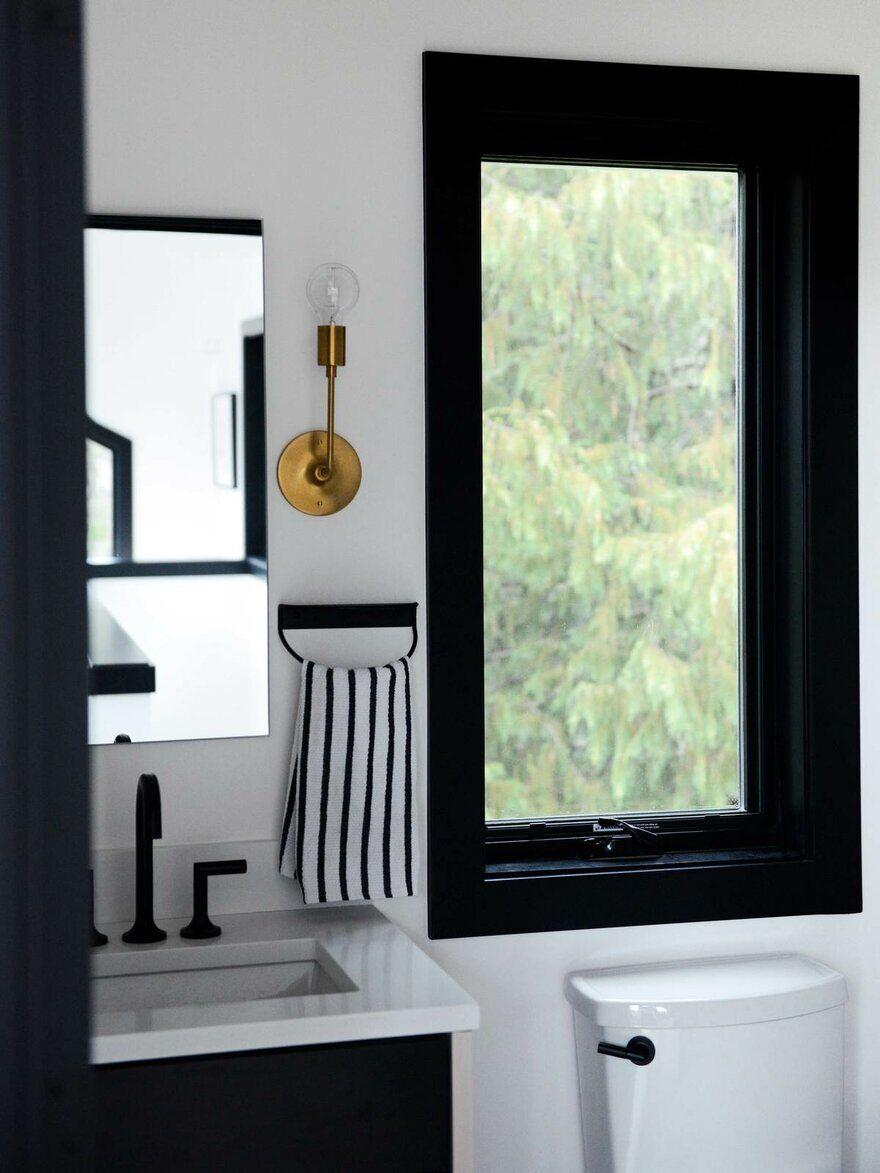 Alpine Noir Chalet, Casework Design Studio 13