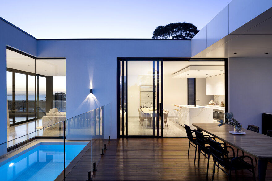 Timeless Contemporary Home in  Mount Martha , Victoria 13