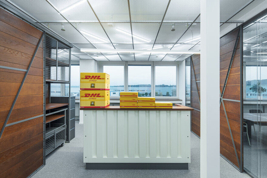Redesign of Office Spaces - DHL Supply Chain Jažlovice 2