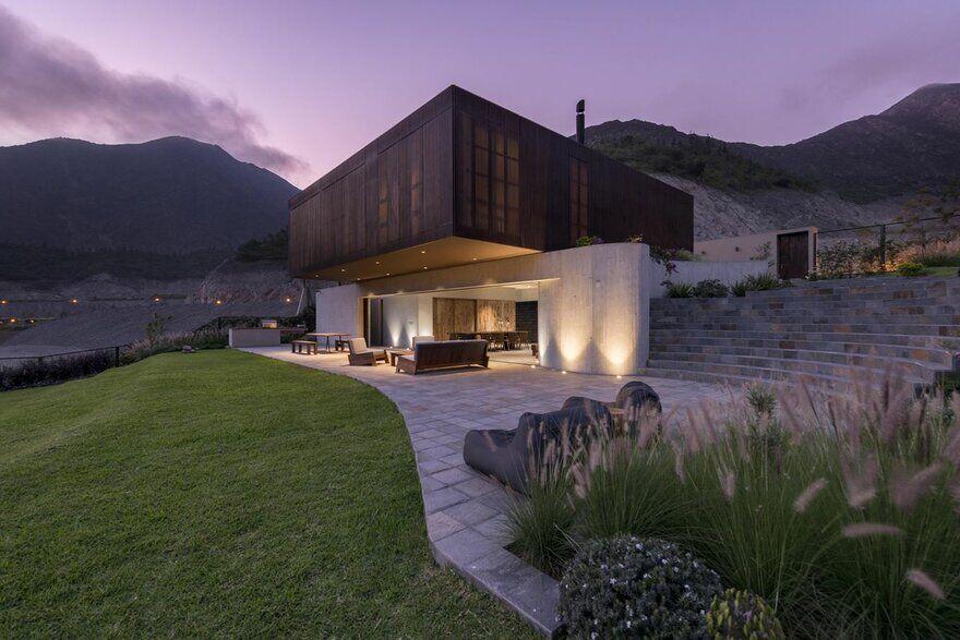 Casa Topo in Lima, Peru / Martin Dulanto Sangalli 1