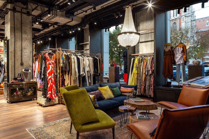 Apt.13 Fashion Boutique in the Heart of Kyiv / Yurij Tereshchenko