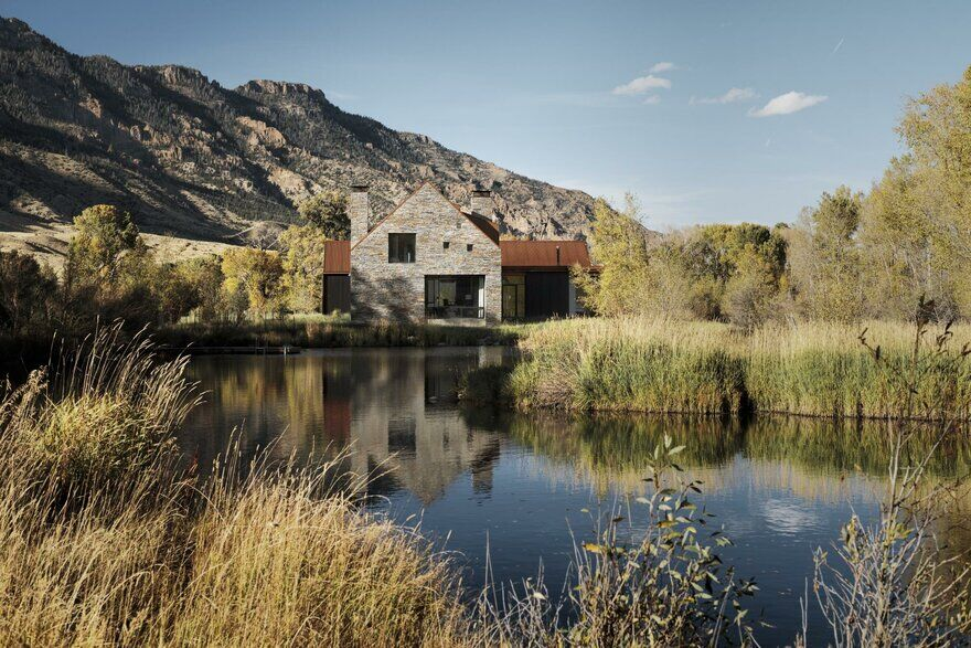 Ishawooa Mesa Ranch in Wyoming / Lake Flato Architects