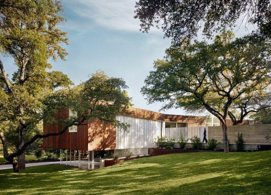 Sugar Shack Residence / Alterstudio Architecture