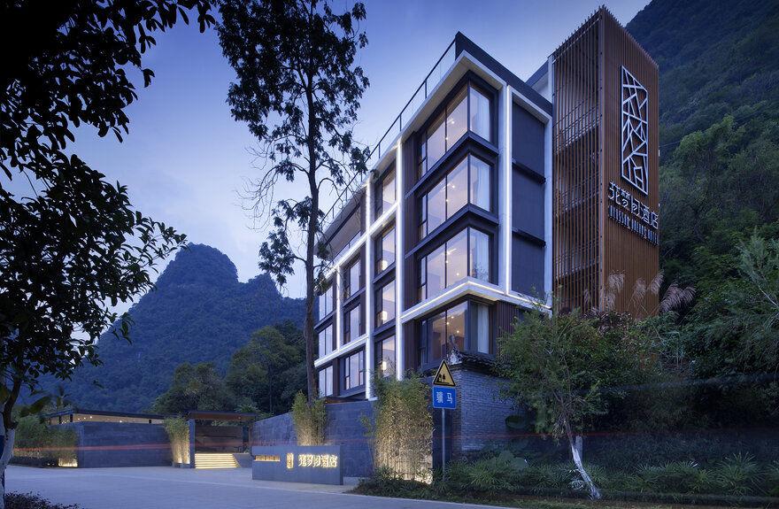 Hotel interior design for Design hotel schwabing