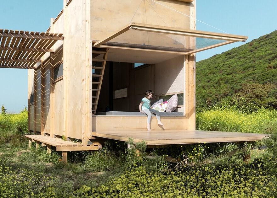 Off Grid Prefab Cabin