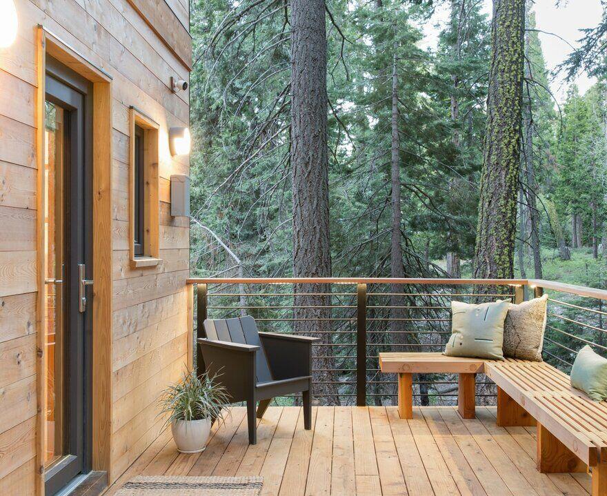 woodsy tahoe cabin regan baker design. Black Bedroom Furniture Sets. Home Design Ideas