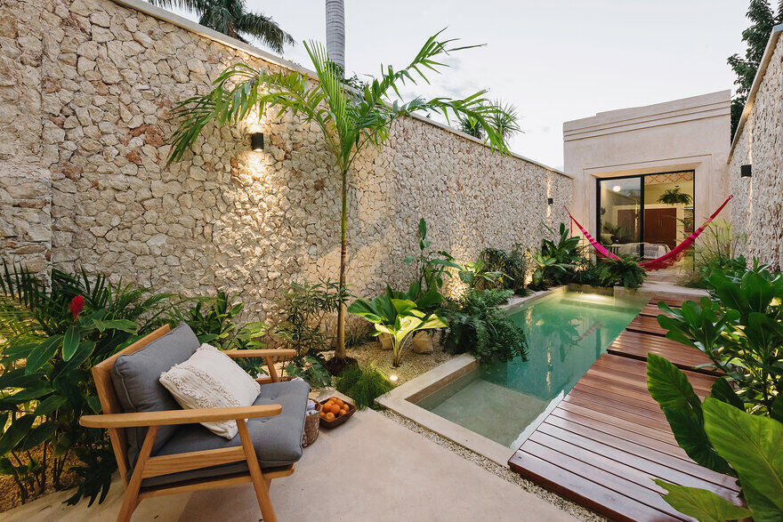 Casa Picasso: An Oasis in the City by Workshop Architects