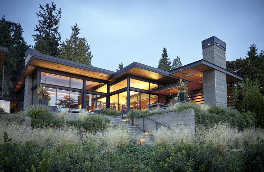 Eastlight House / McClellan Architects