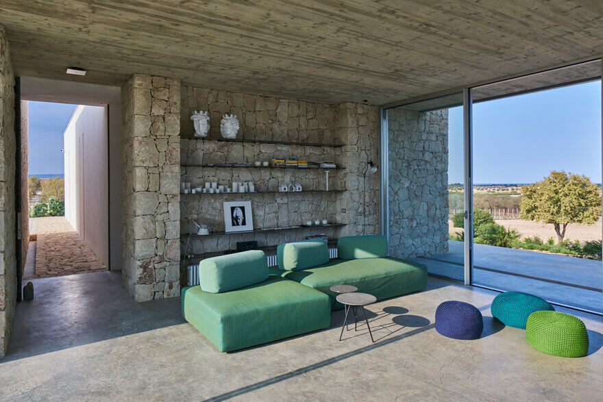 Vendicari House in Sicily‎ by Marco Merendi Architect