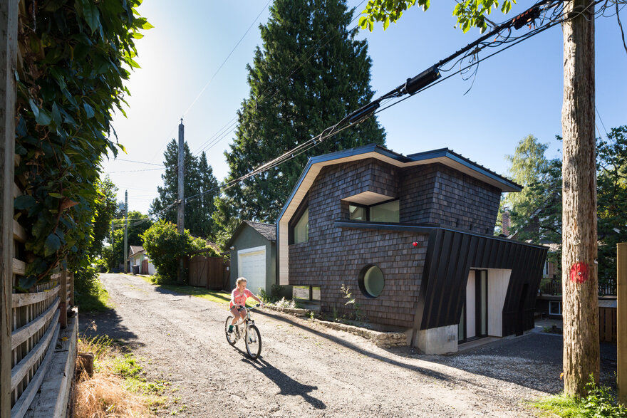 Miko Laneway House: A Reimagination of the Traditional Colonial Style