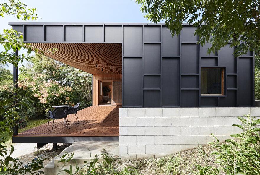 OCM House by Studio Jackson Scott Embodies the Power of Simplicity