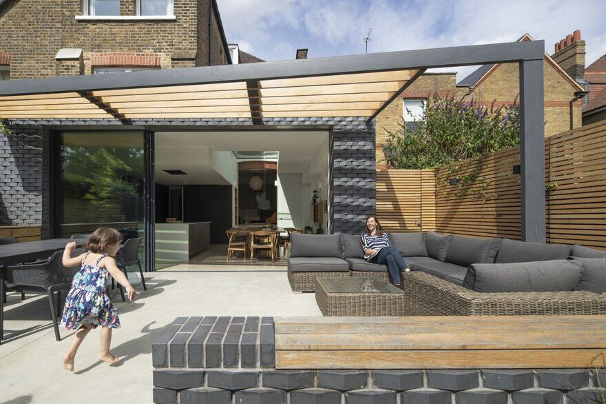 East London House Extension by Mustard Architects: Inside Out