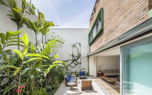 MMS House in São Paulo by Pascali Semerdjian Architects