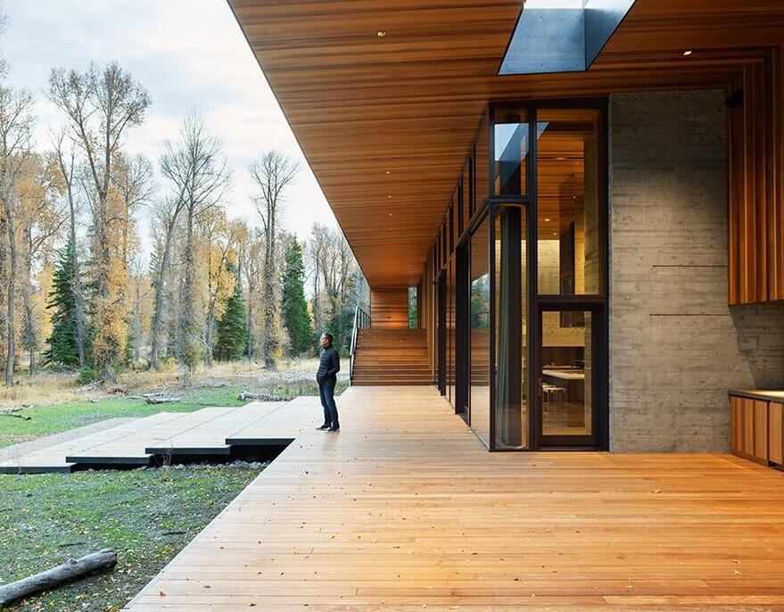 Riverbend House
