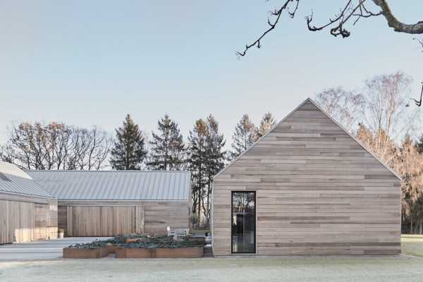 The Farmhouse Reinvented – Casa Ry by Christoffersen Weiling Architects