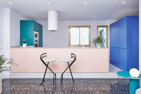 Casal Apartment – Renovation in Valencia by Mario Montesinos Marco