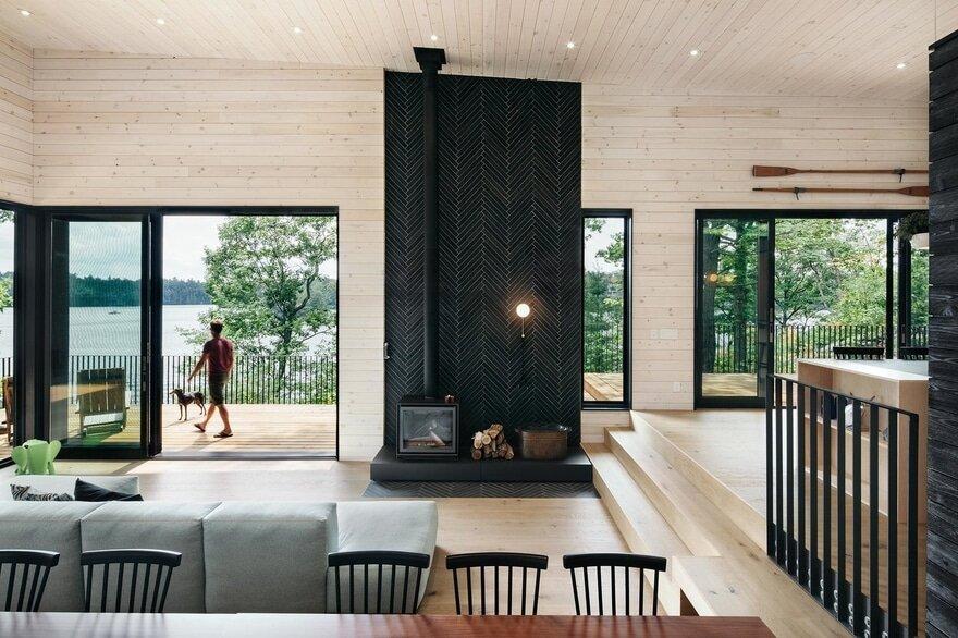 Lake Joseph Cottage / VFA Architecture + Design