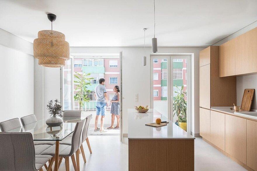Pontinha Apartment / Paulo Moreira Architectures