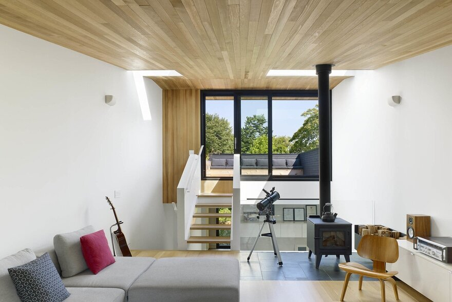 Bellwoods Lodge / Great Lake Studio